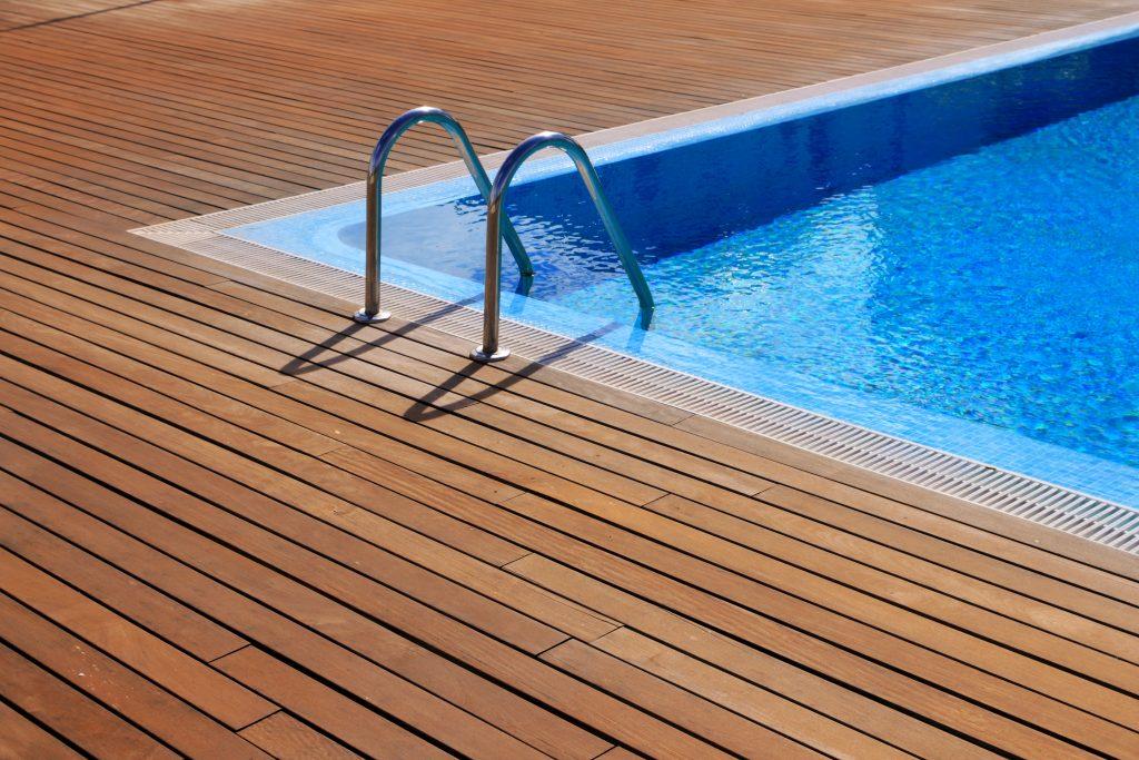 Pool Deck Contractor